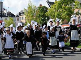 http://www.festivaldesfiletsbleus.fr/images/page1_img13.jpg